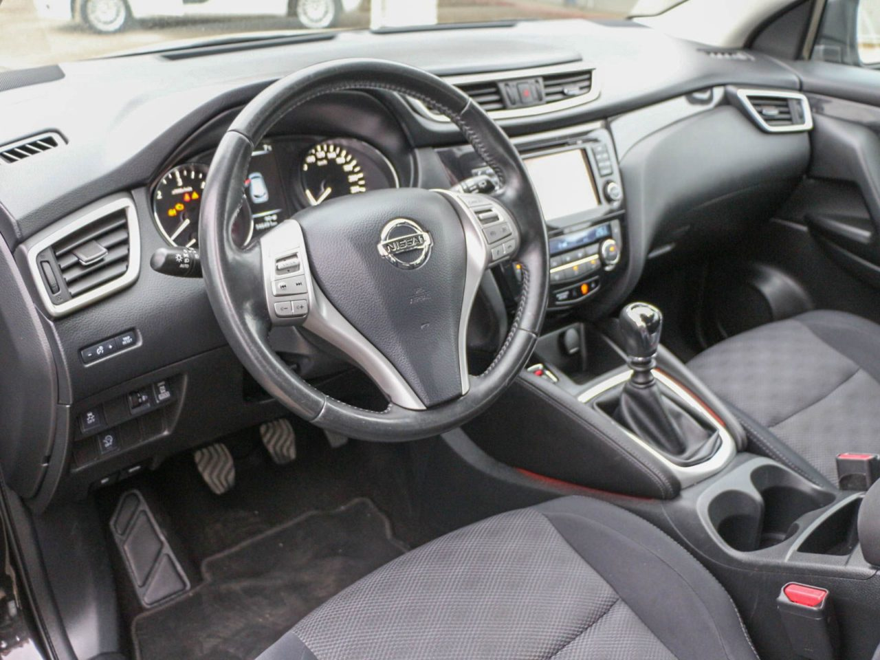 Nissan Qashqai II (23)