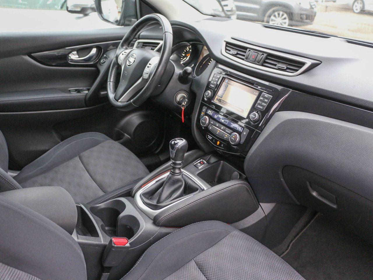 Nissan Qashqai II (24)