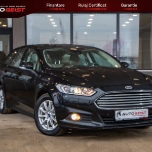 Ford-Mondeo-7203