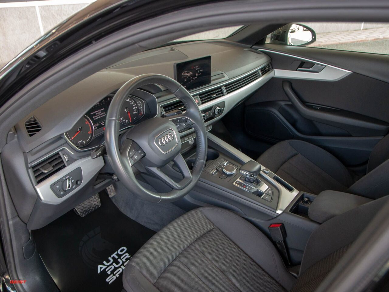 audi-a4-businessline-8420