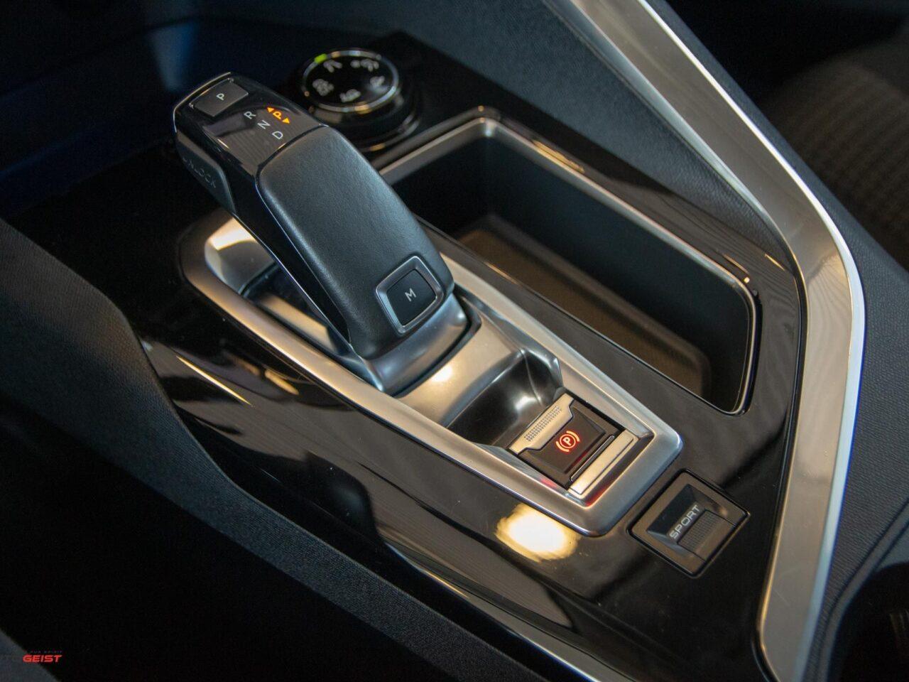 Peugeot-3008-9855