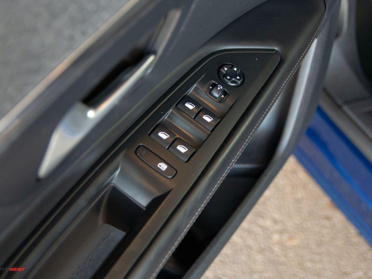 Peugeot-3008-9864