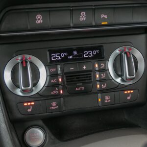 AUDI-Q3-benzina-s-tronic-3054