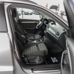 AUDI-Q3-benzina-s-tronic-3065