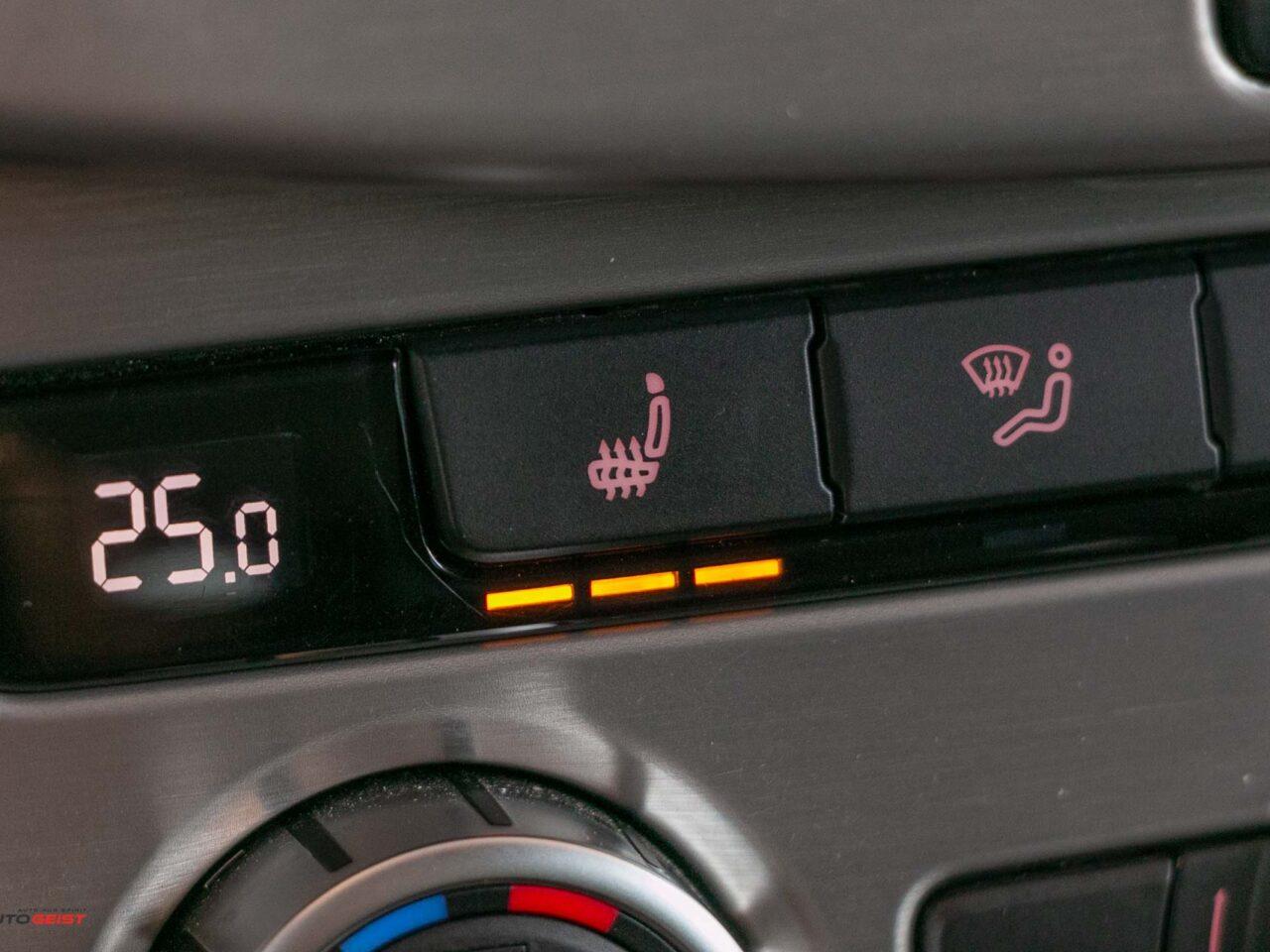 VW-PASSAT-B7-webasto-piele-negru-3681