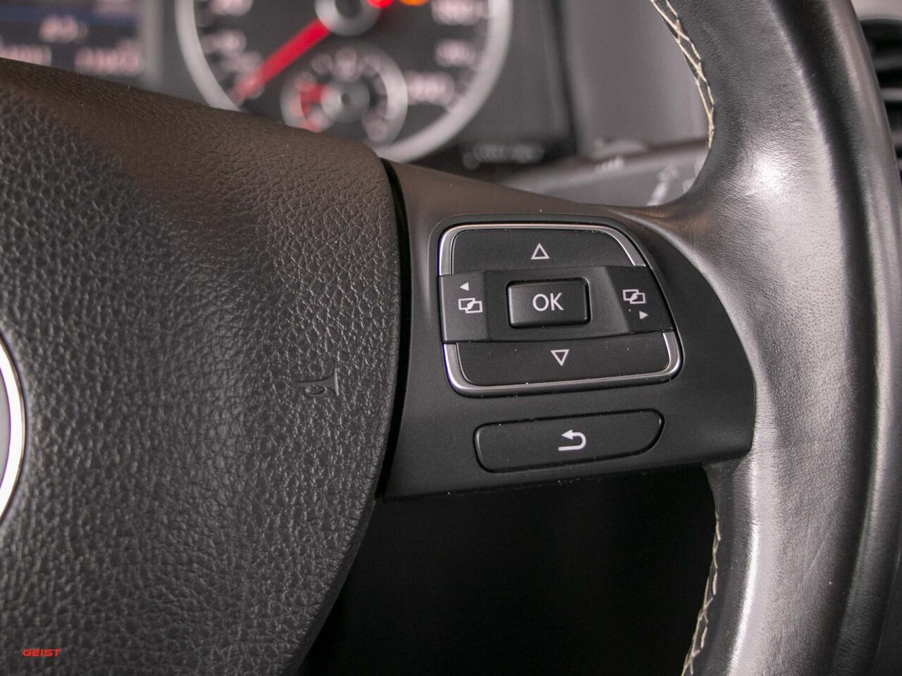 VW-TIGUAN-2015-manual-3475