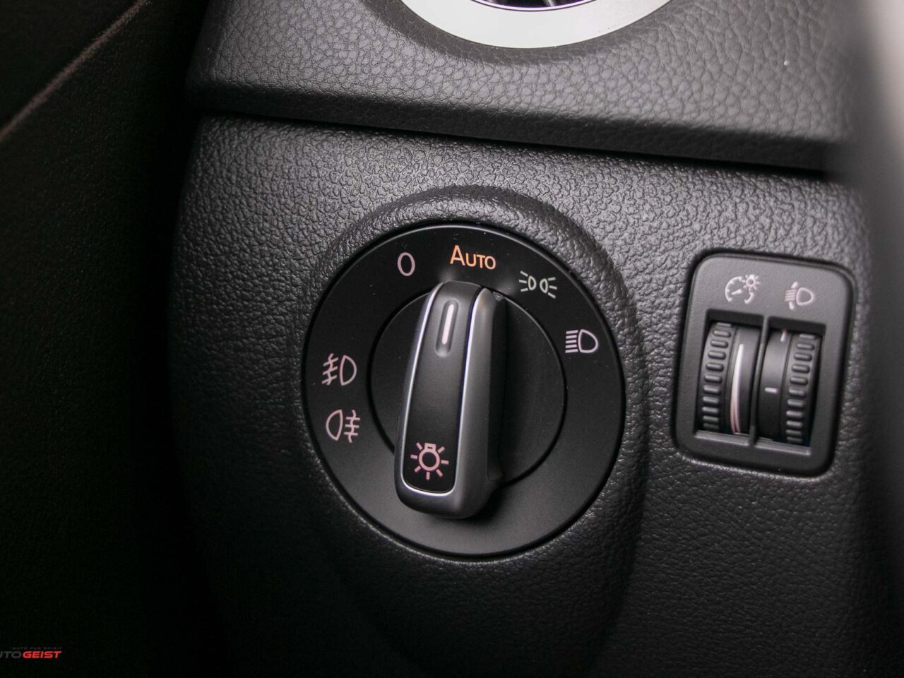VW-TIGUAN-2015-manual-3478