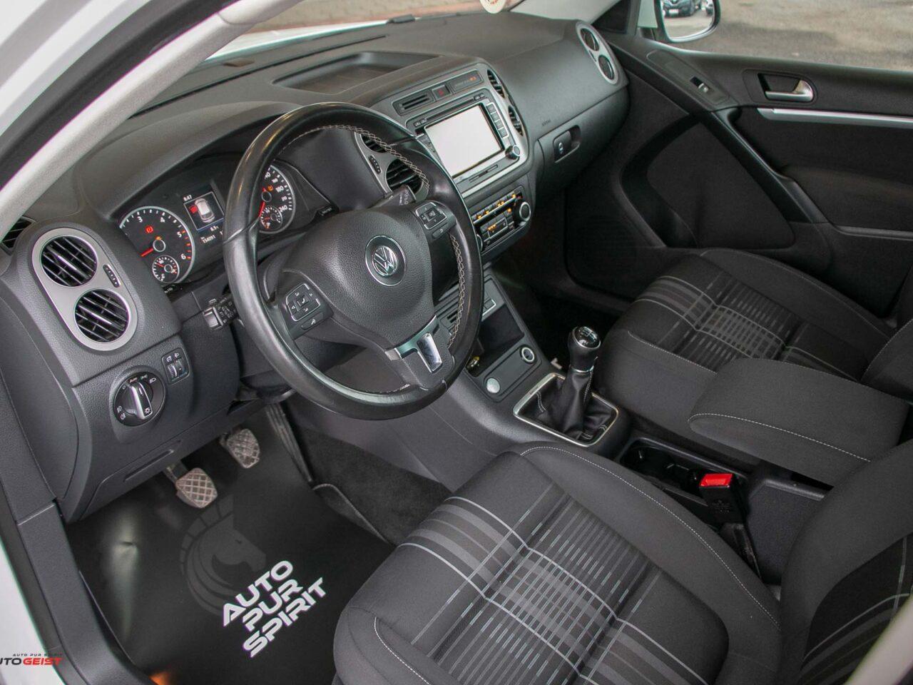 VW-TIGUAN-2015-manual-3480