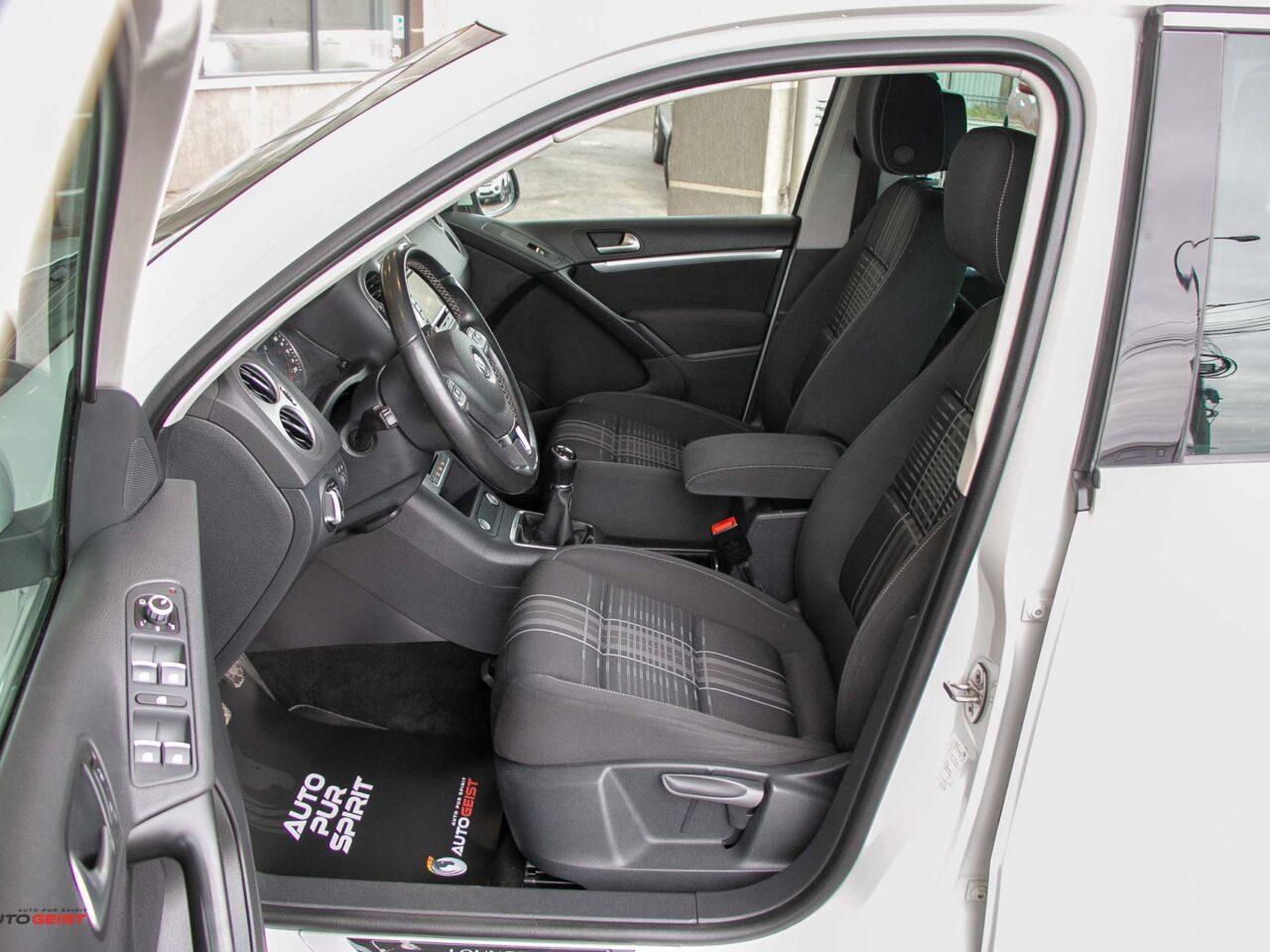 VW-TIGUAN-2015-manual-3481