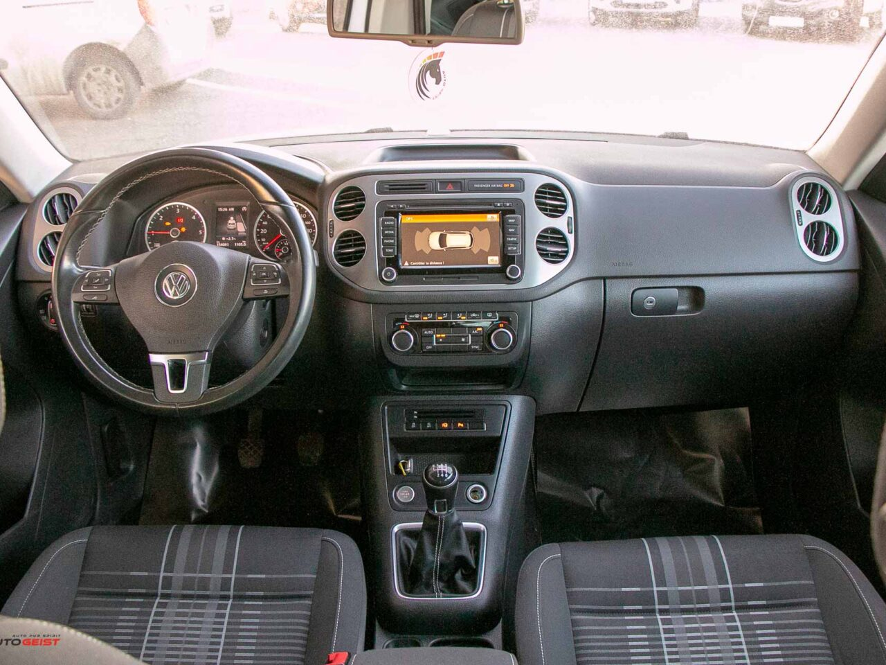 VW-TIGUAN-2015-manual-3660