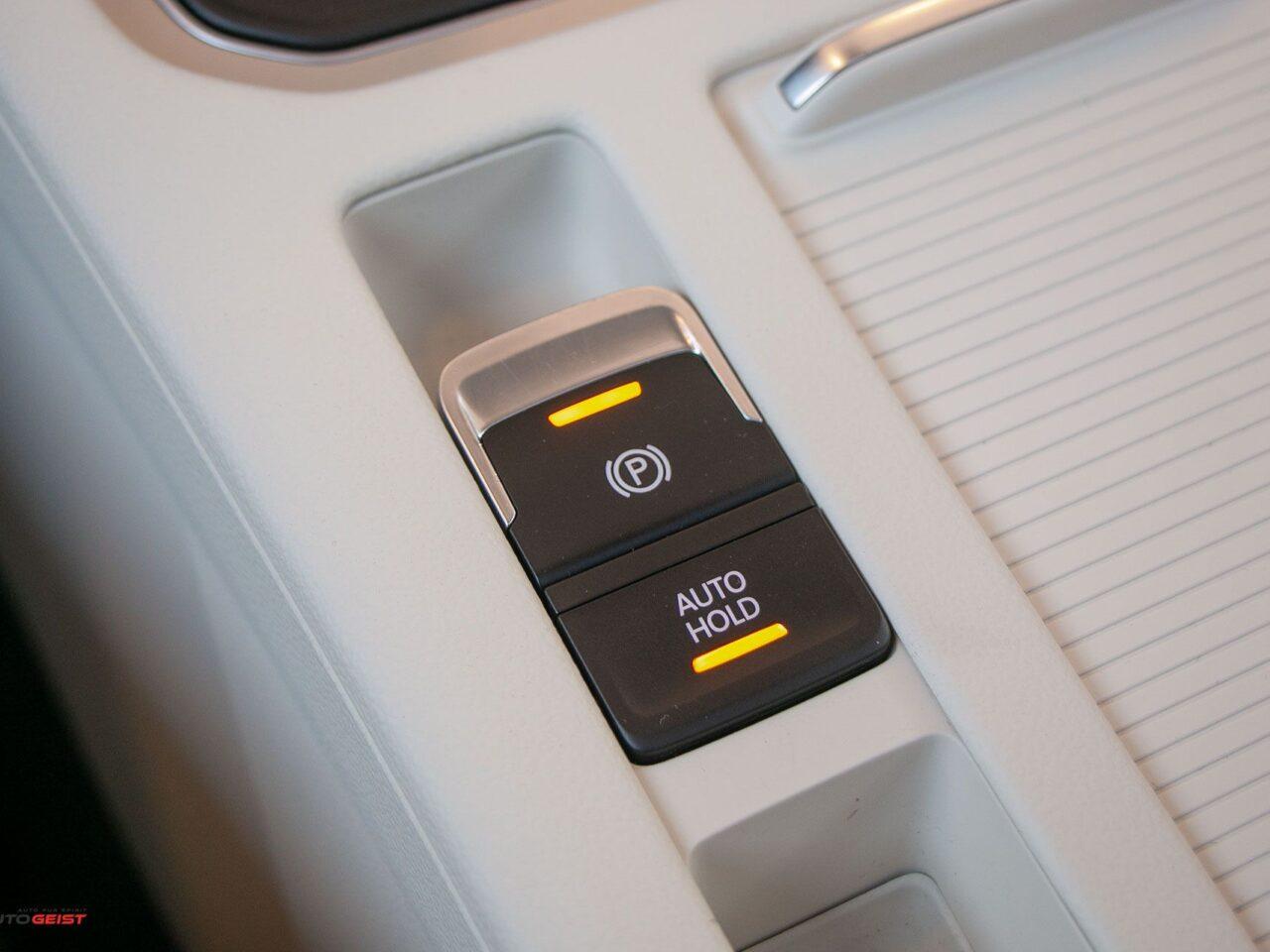 VW-PASSAT-break-panoramic-4513