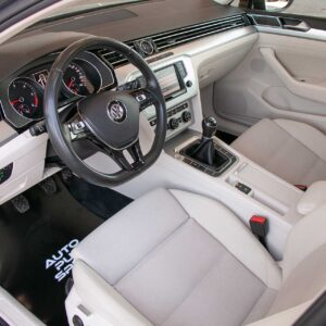 VW-PASSAT-break-panoramic-4520