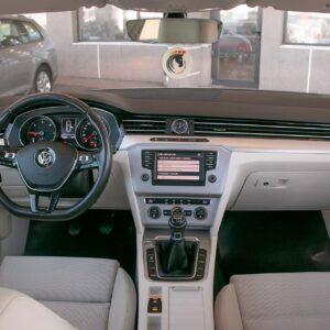 VW-PASSAT-break-panoramic-4530