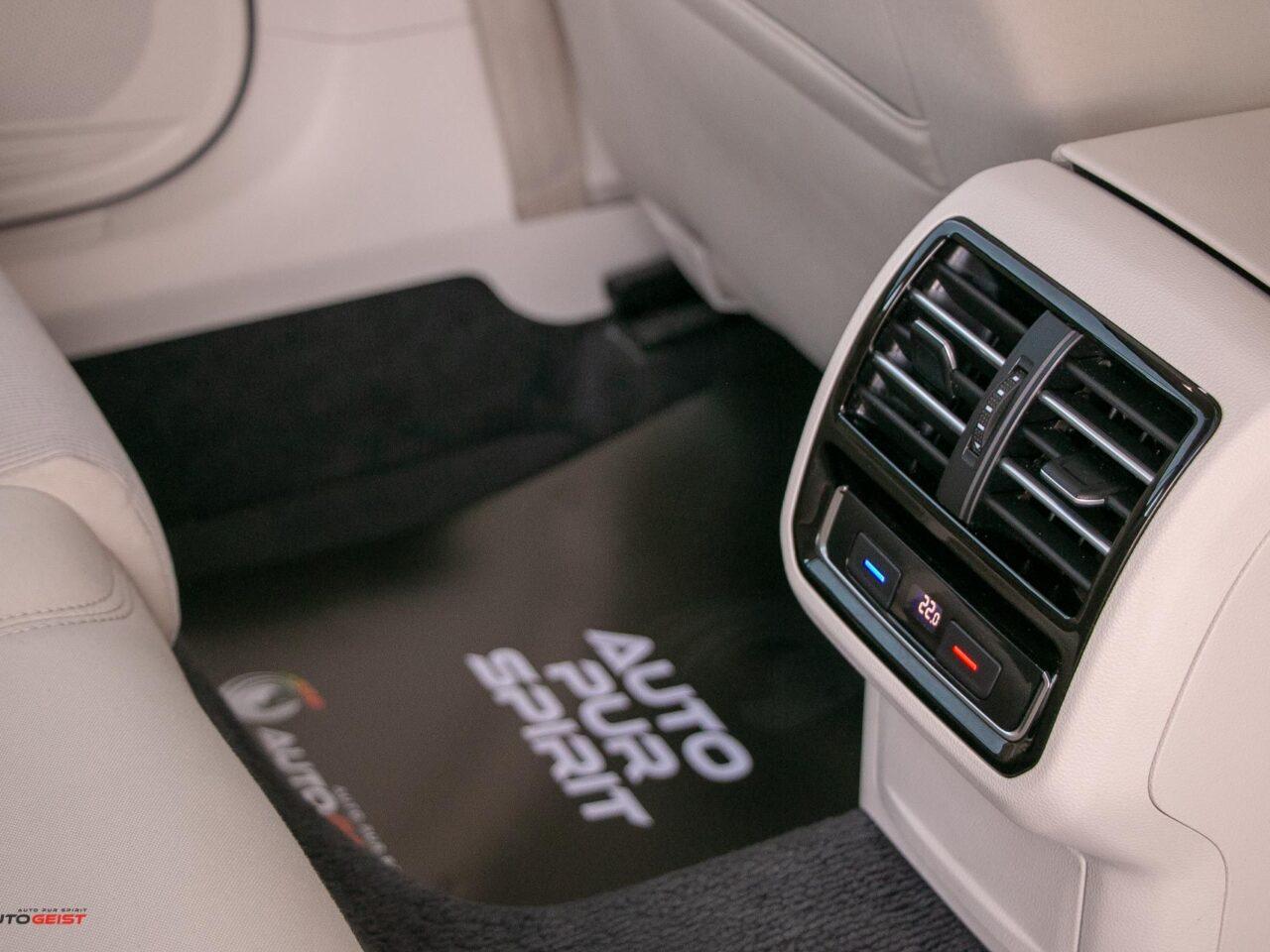 VW-PASSAT-break-panoramic-4531