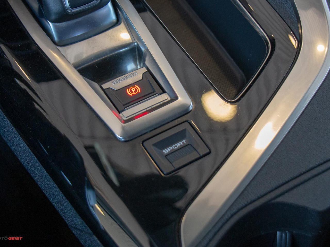 peugeot-3008-albastru-automat-8093