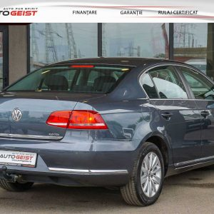 volkswagen-passat-b7-berlin-manual-00153