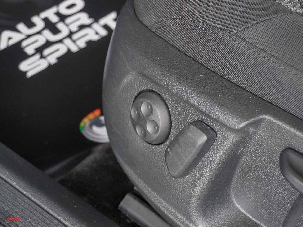 volkswagen-passat-b7-berlin-manual-00167