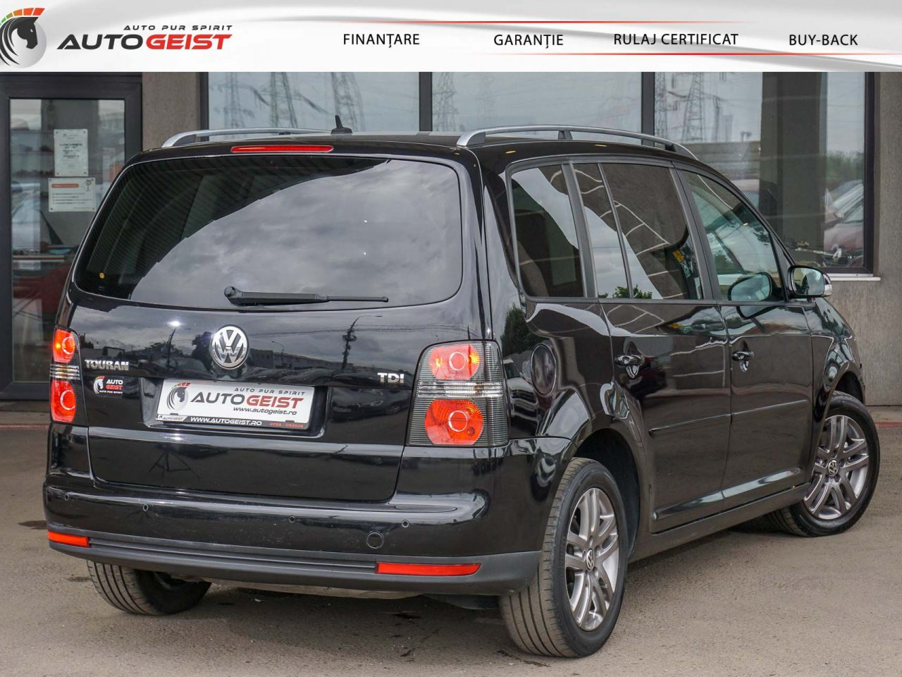 658-volkswagen-touran-mt-01340
