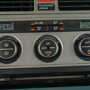 658-volkswagen-touran-mt-01344