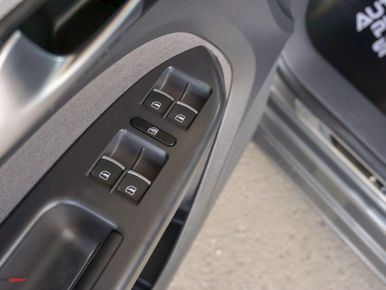 661-volkswagen-touran-gri-manual-01830