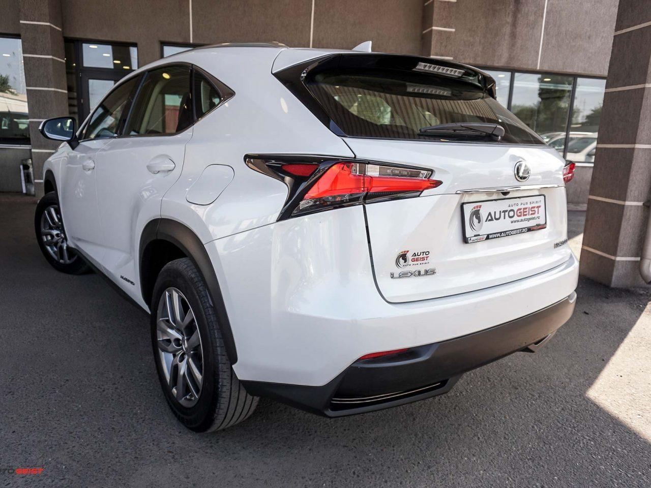 lexus-nx300h-hybrid-1023-02440