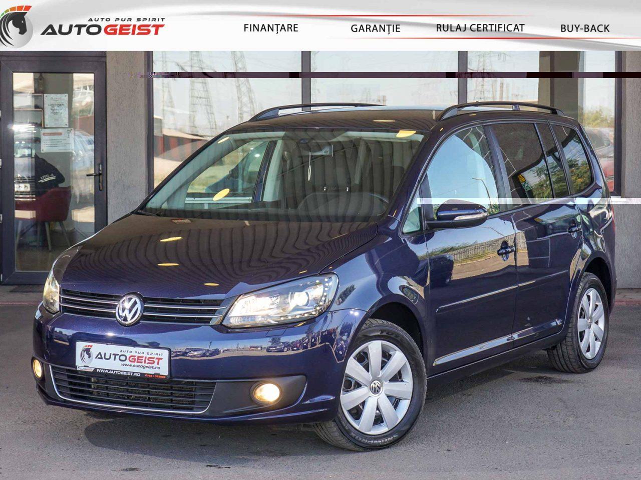 volkswagen-touran-albastru-at-659-02996
