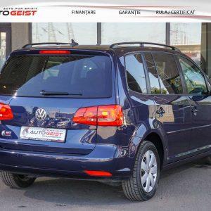 volkswagen-touran-albastru-at-659-03001